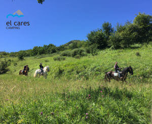 people-doing-horseback-riding-through-Picos-de-Europa