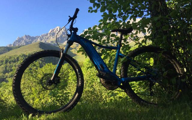 e-bikes en camping el cares picos de europa