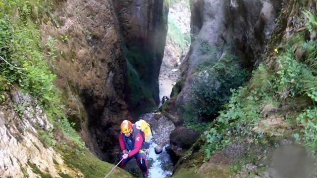 Speleo-canyoning