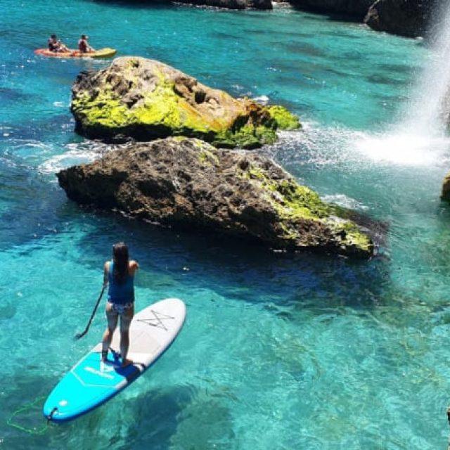 Rutas en Kayak: Acantilados y Cascada de Maro Nerja